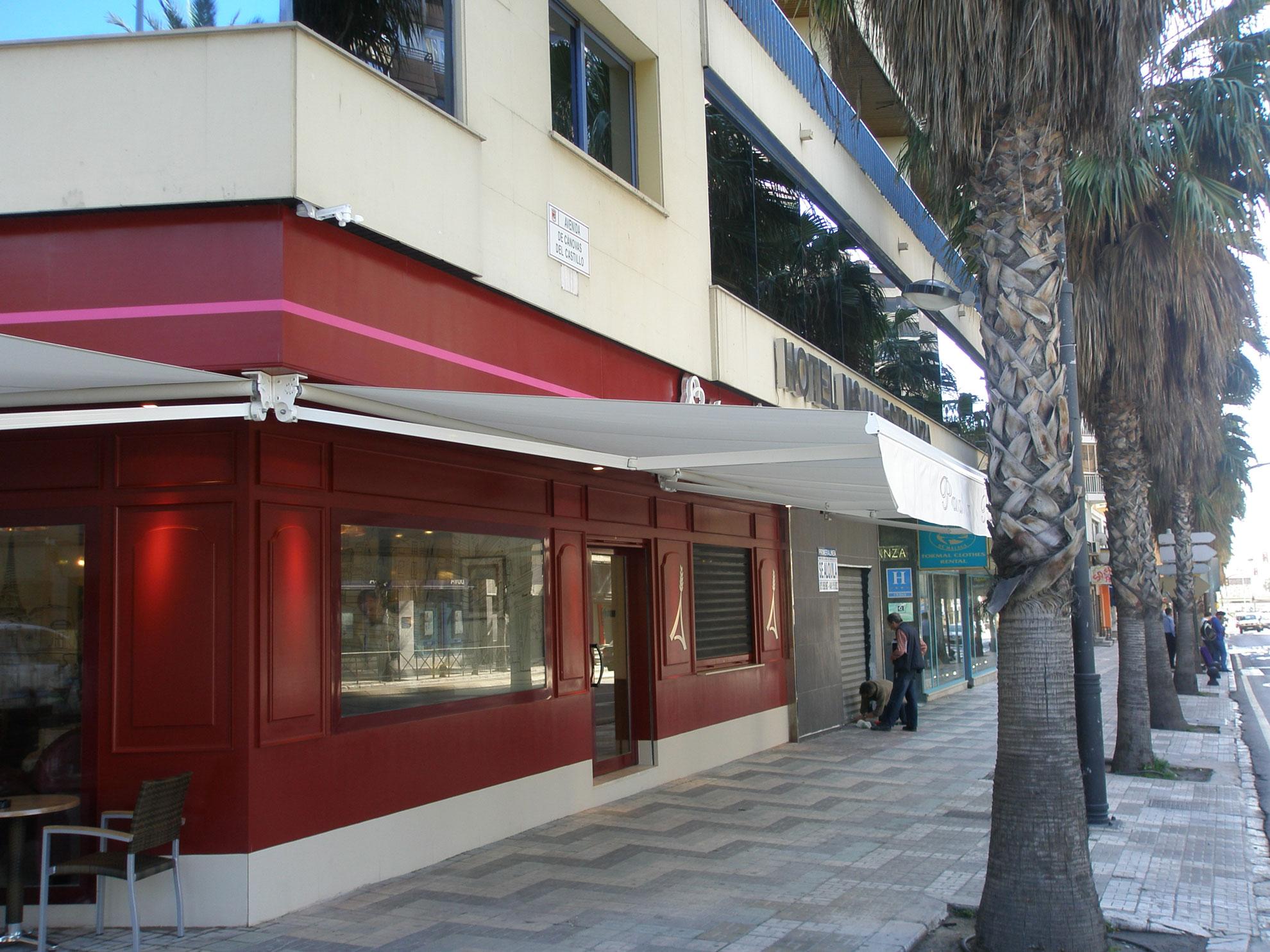 Toldos andaluc a toldos soluci n ideal para - Toldos terrazas bares ...